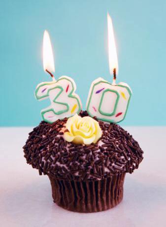 Festa temtica de 30 anos de janeiro a janeiro idias para festas de aniversrio de 30 anos convites bolo decoraes presentes altavistaventures Gallery